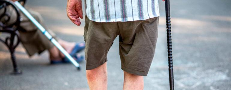 como evitar quedas idoso alzheimer
