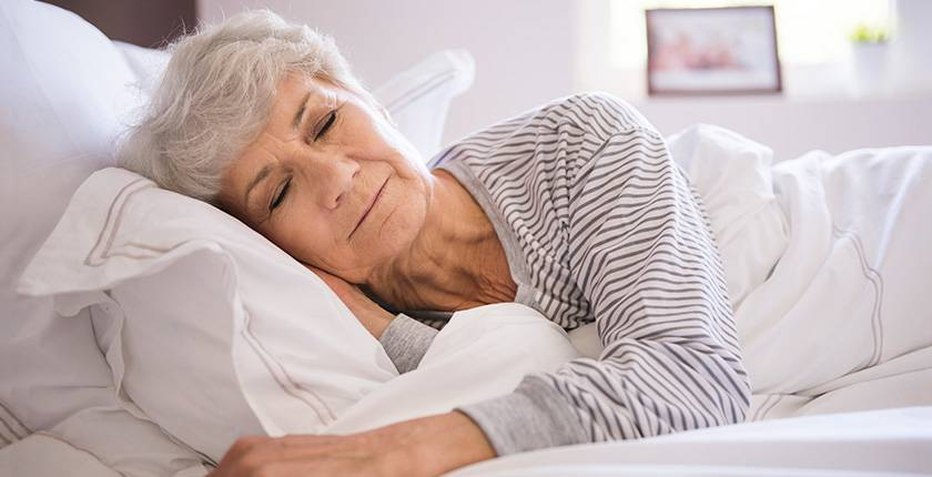 Como melhorar o sono da pessoa com Alzheimer - Alzheimer360